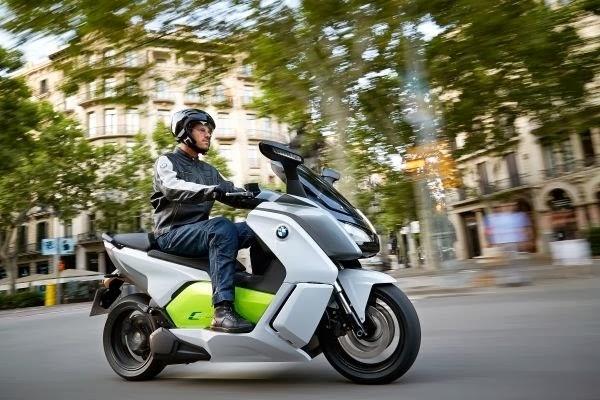 Automobilia Reparaturanleitung Motorroller Aus China Taiwan Korea Automatik Modelle 50-200 Eleganter Auftritt Bücher